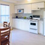 2 Bedroom Cabin Full Amenities Kitchen